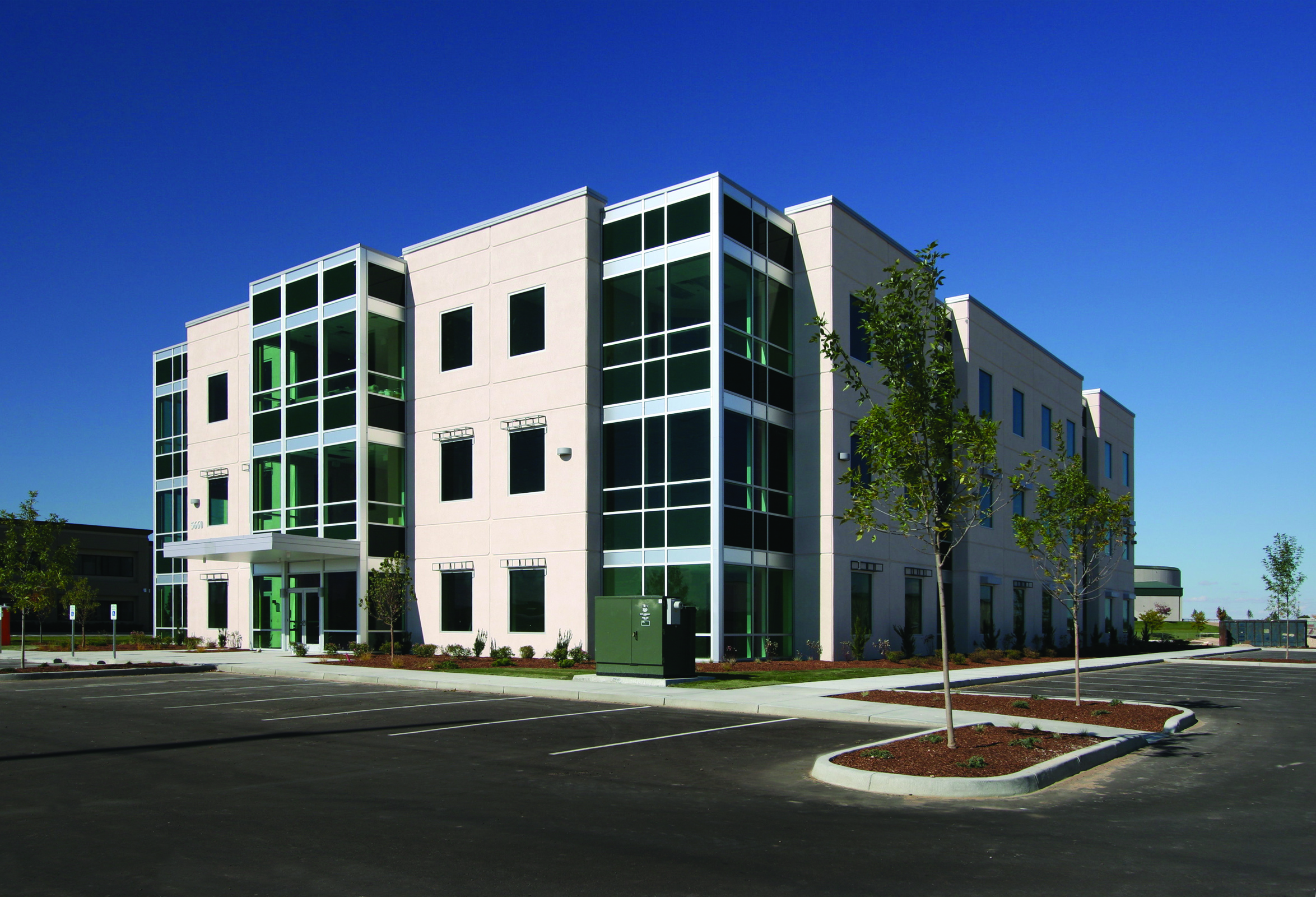 Premier titleone building nampa idaho modus for Boise residential architects
