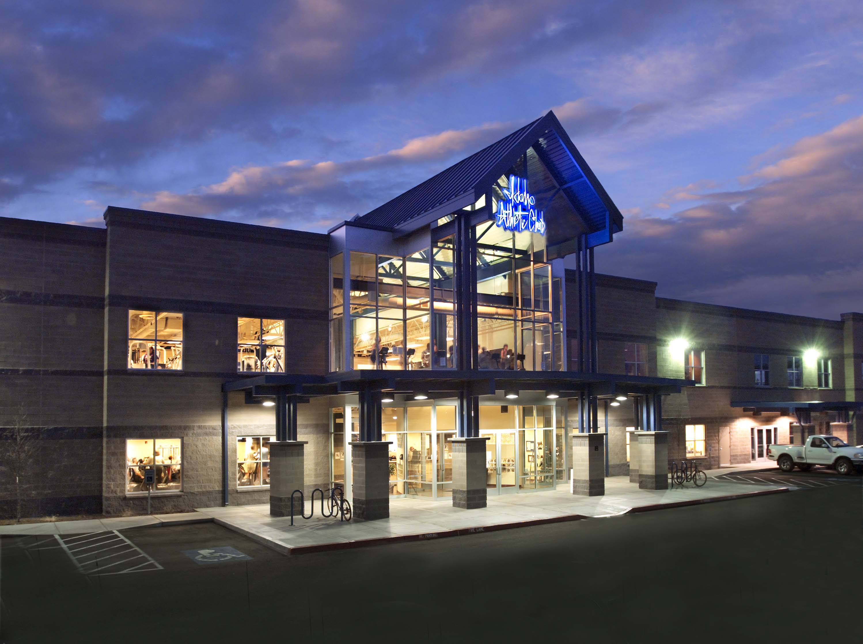 Idaho athletic club boise idaho modus architecture for Boise residential architects